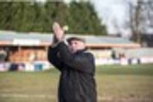 Ex-West Ham star to remain in charge of Braintree Town